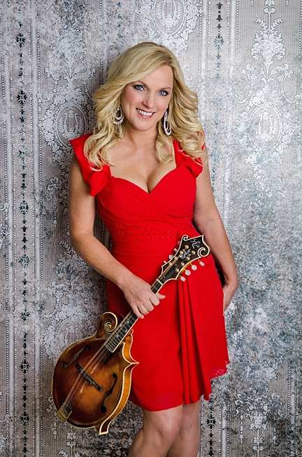 Rhonda Vincent And The Rage To Perform In Santa Maria